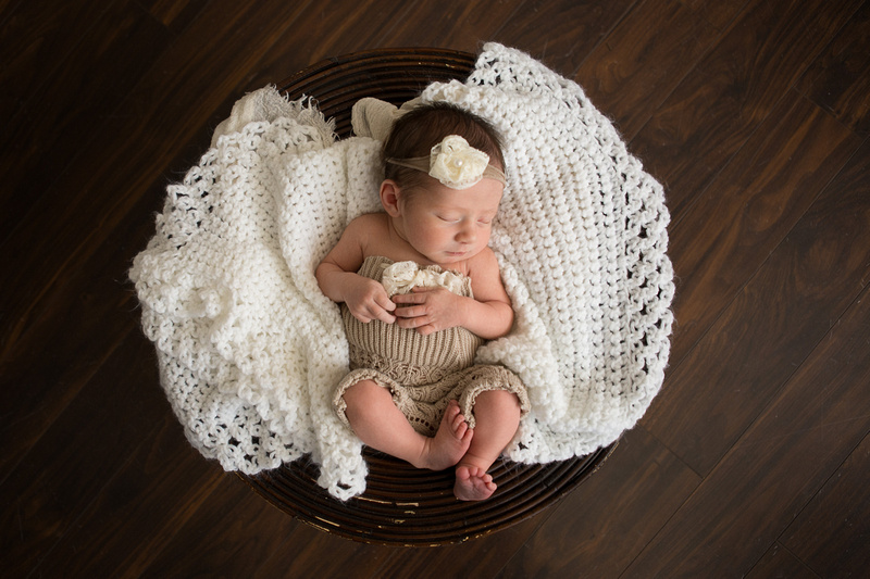 Omaha, Nebraska newborn and baby photographe